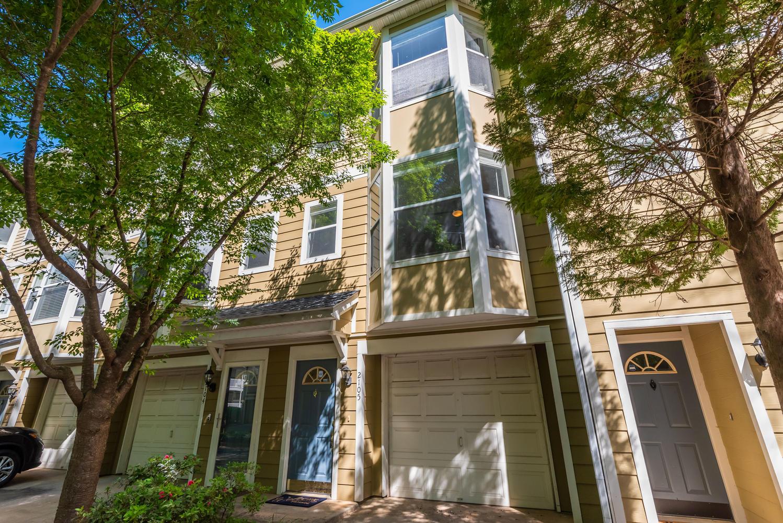 951 Glenwood Ave #2105 Atlanta GA 30316 – SOLD – $290,000